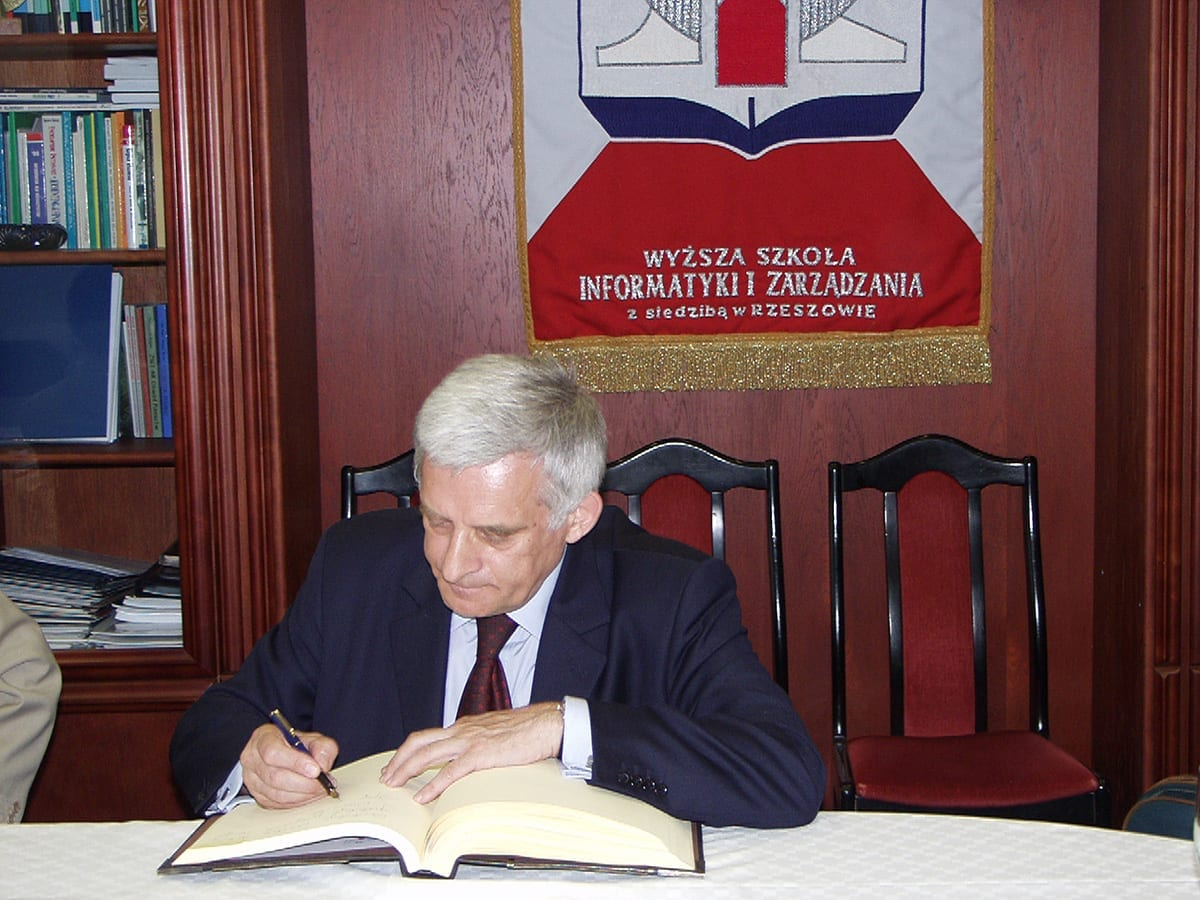 J. Buzek 2
